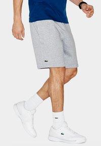 Lacoste Sport - MEN TENNIS SHORT - Sports shorts - argent chine - 0