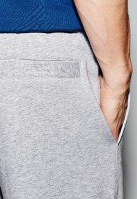 Lacoste Sport - MEN TENNIS SHORT - Sports shorts - argent chine - 3