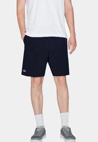 Lacoste Sport - Pantalón corto de deporte - marine - 0
