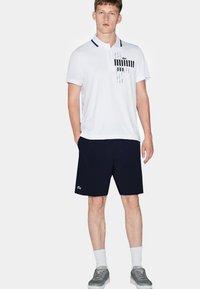 Lacoste Sport - Pantalón corto de deporte - marine - 1