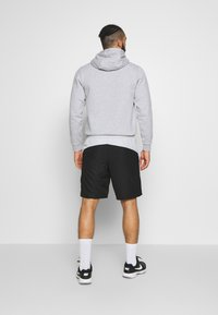 Lacoste Sport - TENNIS - Sports shorts - black/calluna/white - 2