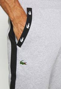 Lacoste Sport - PANT TAPERED - Teplákové kalhoty - silver chine/black - 4