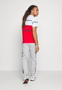 Lacoste Sport - PANT TAPERED - Spodnie treningowe - silver chine/black - 2