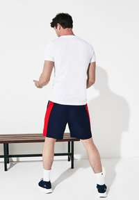 Lacoste Sport - Shorts - navy blue/red/white - 1