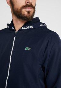 Lacoste Sport - TENNIS JACKET - Veste de survêtement - navy blue/red/navy blue/white - 7