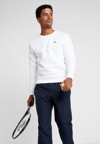Lacoste Sport - HERREN - Sweatshirt - white - 0