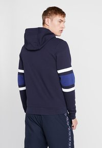 Lacoste Sport - Sudadera con cremallera - navy blue/ocean white/ocean - 2