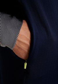 Lacoste Sport - WITH ZIP - Top sdlouhým rukávem - navy blue/white - 4
