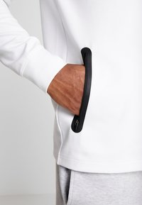 Lacoste Sport - PREMIUM - Sweatshirt - white/black - 3