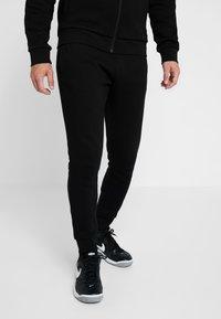 Lacoste Sport - TRACKSUIT - Trainingsanzug - black - 3