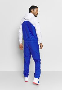 Lacoste Sport - TRACKSUIT HOODED SET - Tracksuit - white/obscurity/navy blue/haiti blue - 2