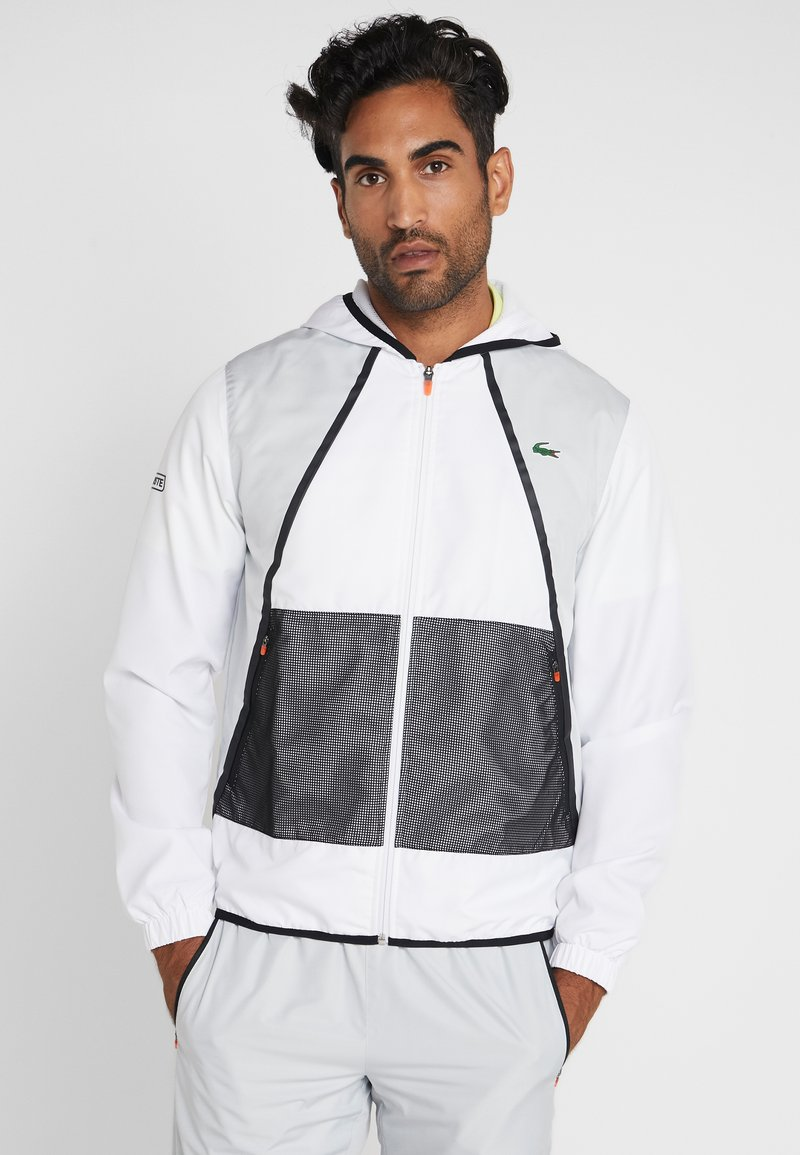 Lacoste Sport - TRACKSUIT HOODED - Träningsset - white/black