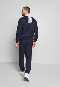 Lacoste Sport - TRACKSUIT HOODED - Survêtement - navy blue/white - 2