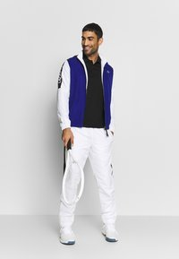 Lacoste Sport - TRACKSUIT - Chándal - cosmic/white/black - 1