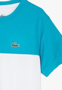 Lacoste Sport - TENNIS  - T-shirt imprimé - cuba/white/navy blue - 4