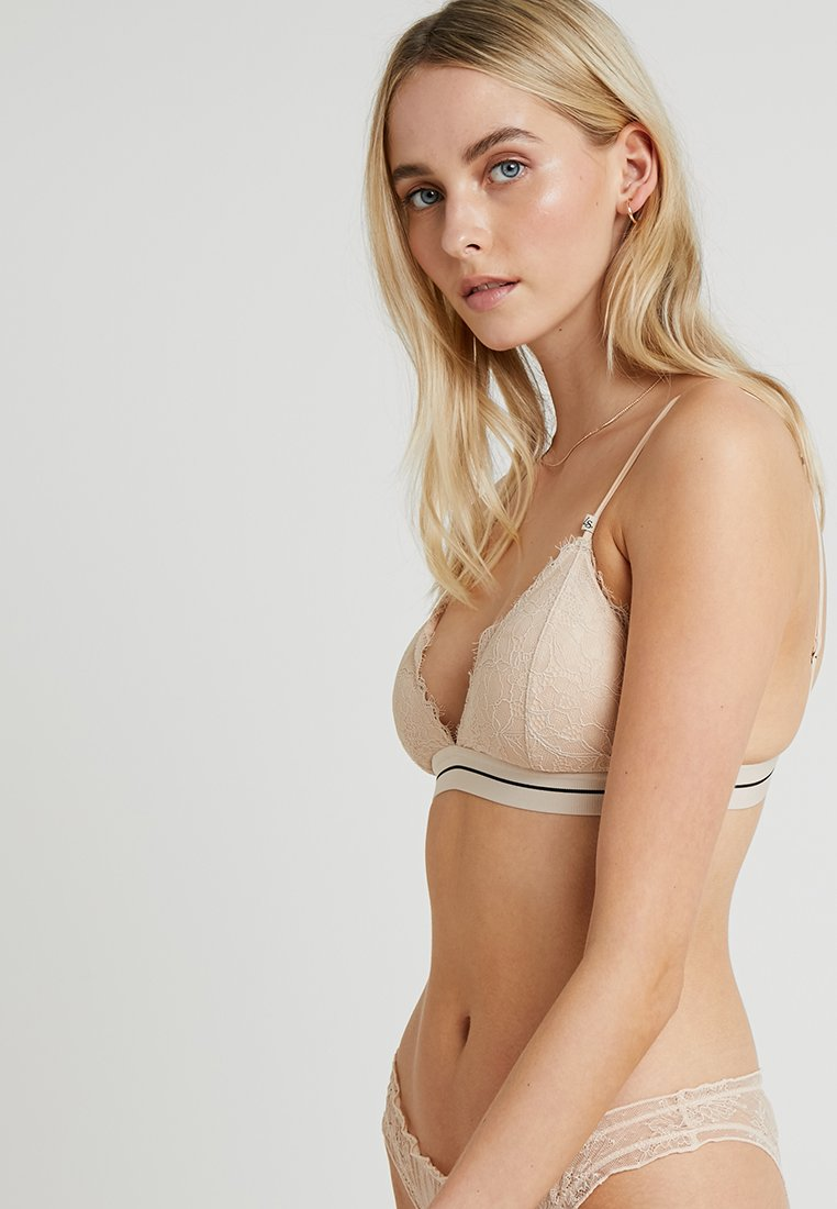 LOVE Stories - DARLING - Triangle bra - sand