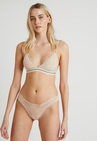 LOVE Stories - LOLITA - Slip - sand - 1