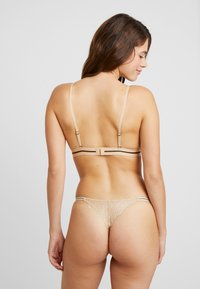 LOVE Stories - ROOMSERVICE THONG - String - stone - 2