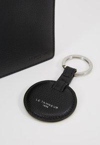 Le Tanneur - KEY RING AND WALLET ZIPPED POCKET SET - Keyring - noir - 2