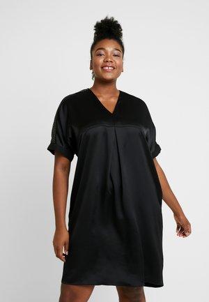 SHOULDER TRIM DRESS - Vestido de cóctel - black