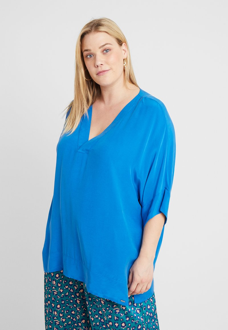 Live Unlimited London - BOX - Blouse - bright blue