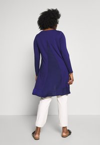 Live Unlimited London - BLUE CUT & SEW - Long sleeved top - blue - 2