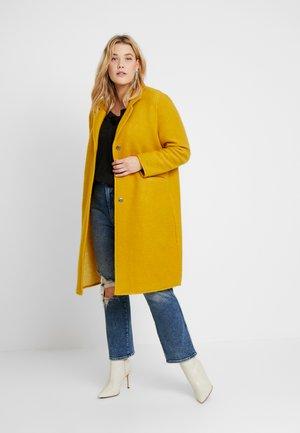 BOYFRIEND COAT - Classic coat - mustard