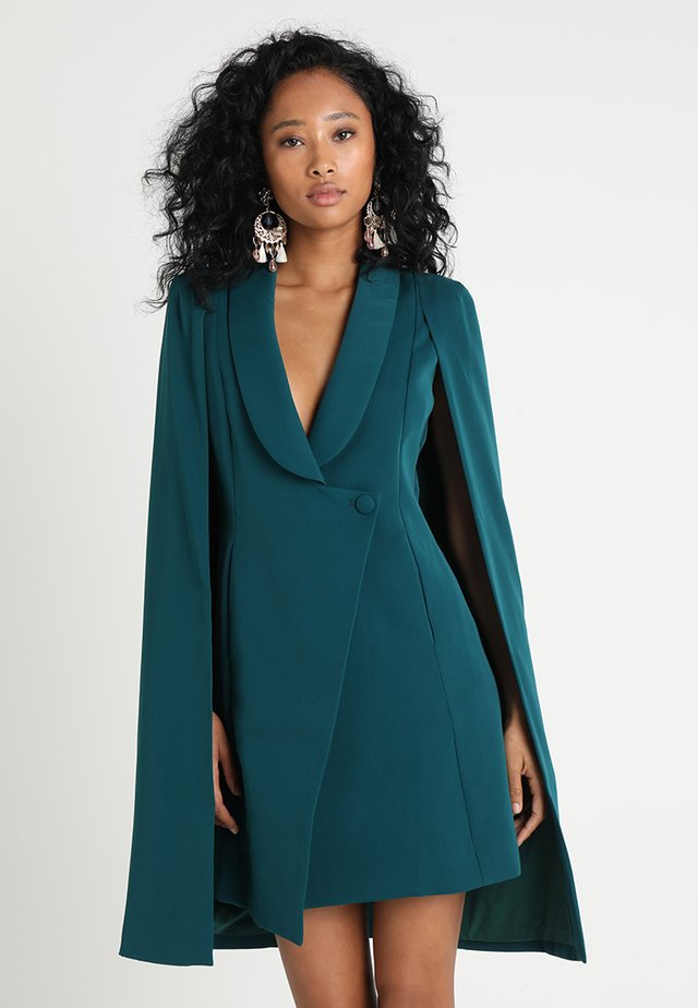 FITTED TUXEDO CAPE MINI DRESS - Etui-jurk - forest green