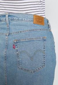 Levi's® Plus - DECONSTRUCTED SKIRT - Denim skirt - light-blue denim - 4