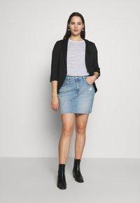 Levi's® Plus - DECONSTRUCTED SKIRT - Denim skirt - light-blue denim - 1