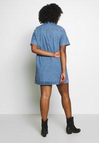 Levi's® Plus - ANDIE DRESS - Dongerikjole - losin' my way - 2