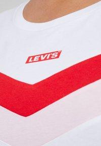 Levi's® Plus - FLORENCE TEE - T-shirt imprimé - white - 4