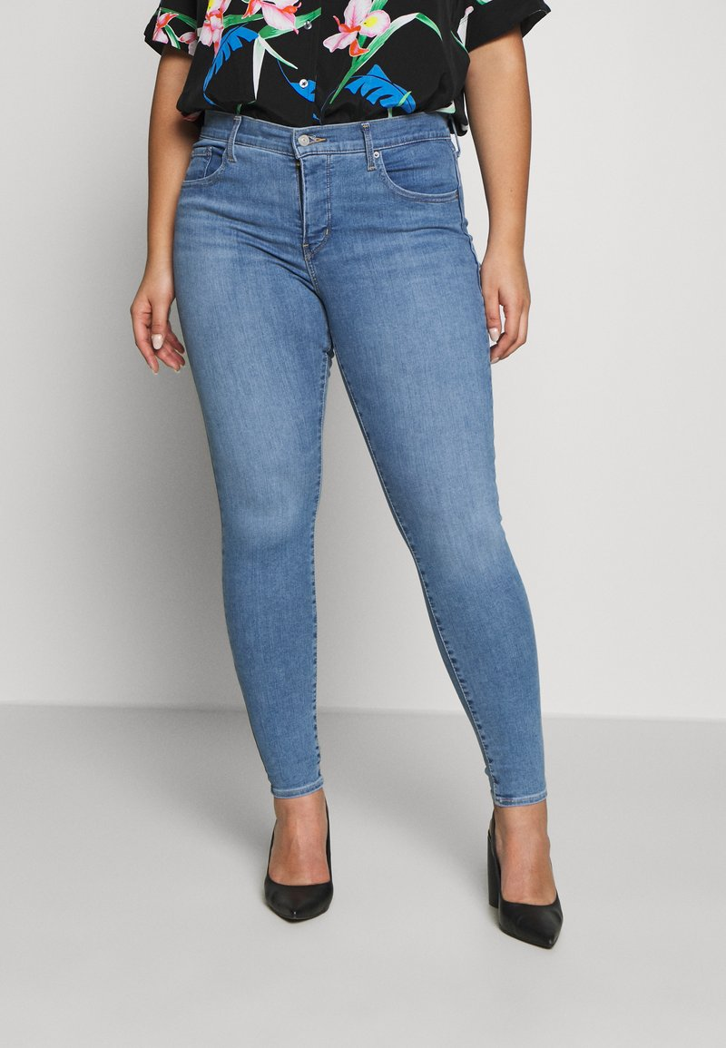 Levi's® Plus - Jeans Skinny Fit - light blue denim