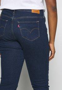 Levi's® Plus - SHAPING SKINNY - Jeans Skinny Fit - london dark indigo - 5
