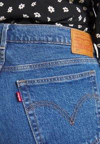 Levi's® Plus - PL 501® CROP - Džíny Straight Fit - jive stonewash - 4