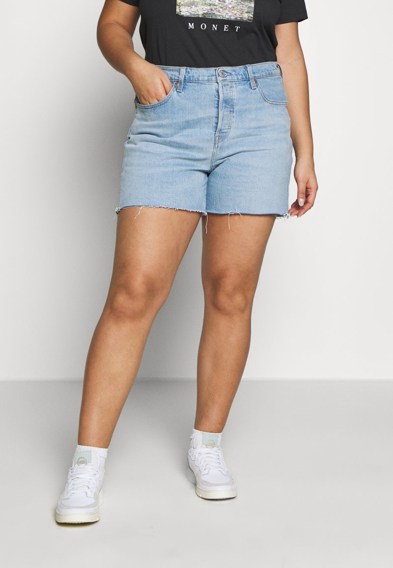 Levi's® Plus - PL 501® ORIGINAL SHORT - Jeansshorts - light-blue denim