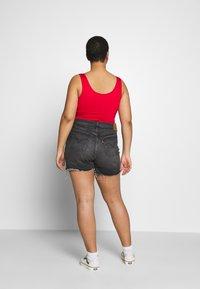 Levi's® Plus - 501® ORIGINAL SHORT - Jeansshort - black denim - 2
