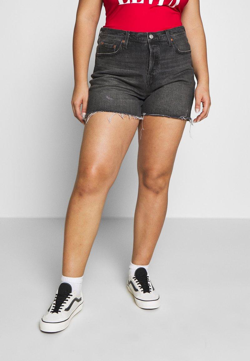 Levi's® Plus - 501® ORIGINAL SHORT - Jeansshort - black denim