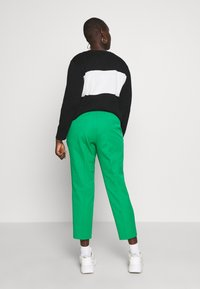 Lauren Ralph Lauren Woman - LYCETTE PANT - Pantalon classique - hedge green - 2