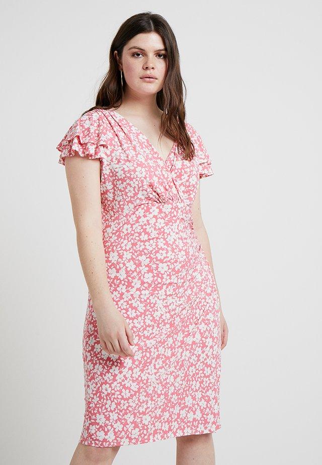 BRISA SHORT SLEEVE DAY DRESS - Pouzdrové šaty - nectar/colonial cream