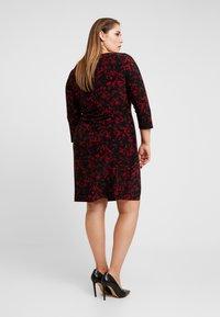 Lauren Ralph Lauren Woman - VICTORINA 3/4 SLEEVE DAY DRESS - Robe en jersey - black/scarlet red - 3