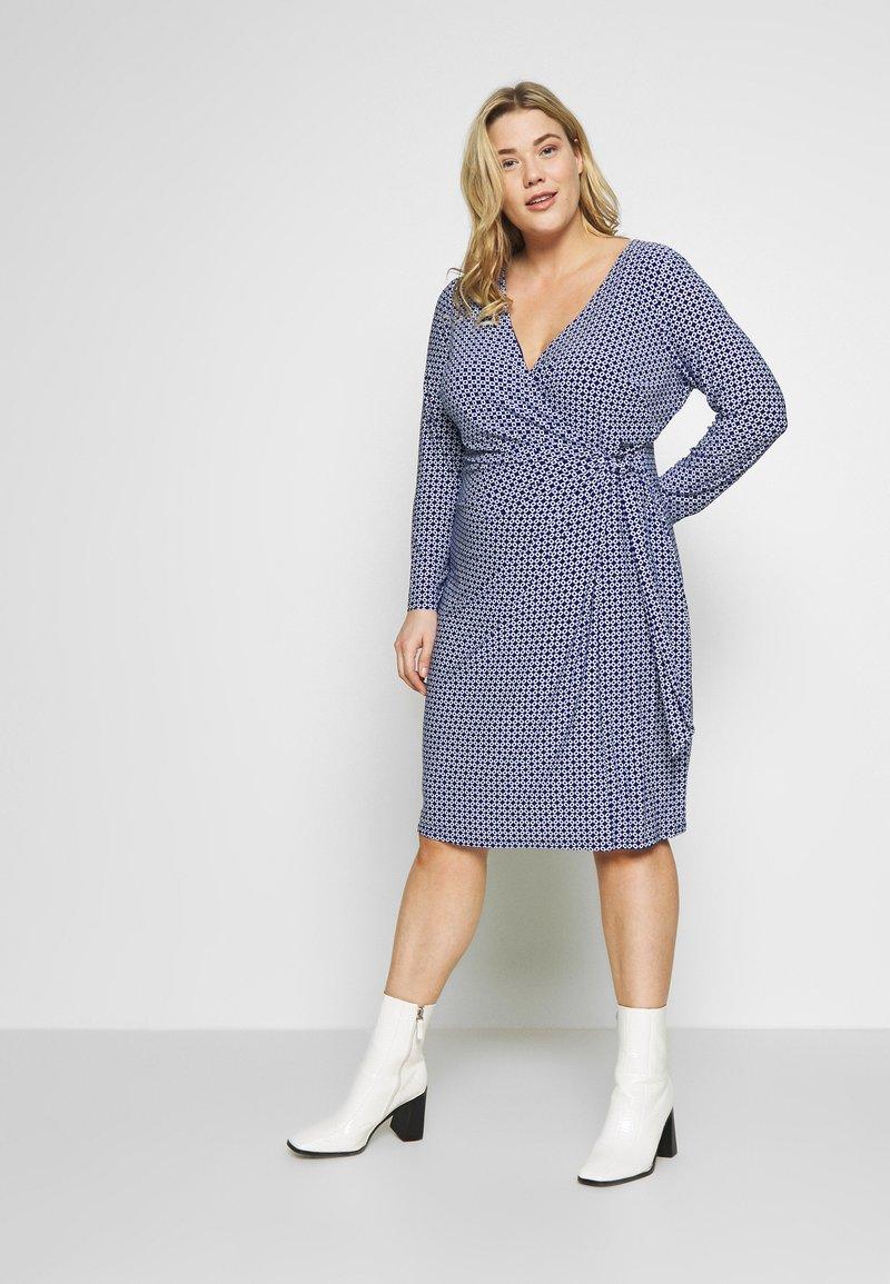 Lauren Ralph Lauren Woman - CASONDRA LONG SLEEVE DAY DRESS - Vestido de tubo - parisian blue/colonial cream