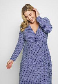 Lauren Ralph Lauren Woman - CASONDRA LONG SLEEVE DAY DRESS - Vestido de tubo - parisian blue/colonial cream - 3