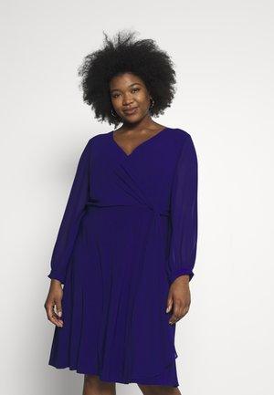 COOPER LONG SLEEVE DAY DRESS - Shift dress - cannes blue