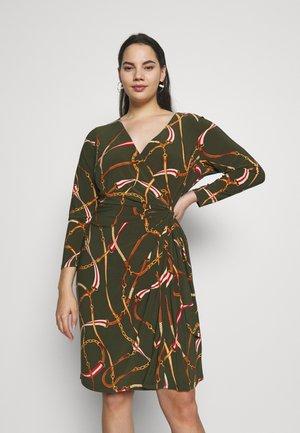 CASONDRA LONG SLEEVE DAY DRESS - Vestido ligero - oliva/red/multi