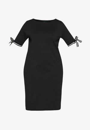 BRANDEIS ELBOW SLEEVE CASUAL DRESS - Vestido de tubo - black
