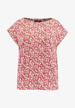 GRIETA SHORT SLEEVE - Camiseta estampada - canyon red/mascarpone cream