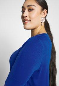 Lauren Ralph Lauren Woman - JUDY ELBOW SLEEVE - Print T-shirt - blue glacier - 3