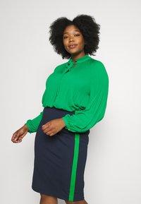 Lauren Ralph Lauren Woman - DUONG LONG SLEEVE SHIRT - Bluser - hedge green - 0