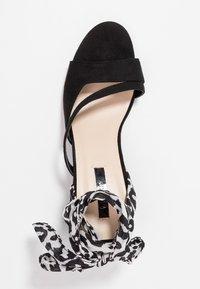 Lost Ink - MILA WRAP AROUND MID BLOCK HEELED - Sandals - black - 3
